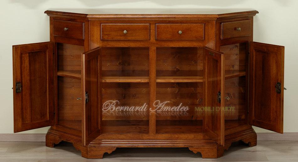 Credenze in legno massello di noce scantonate credenze - Mobili classici legno massello ...