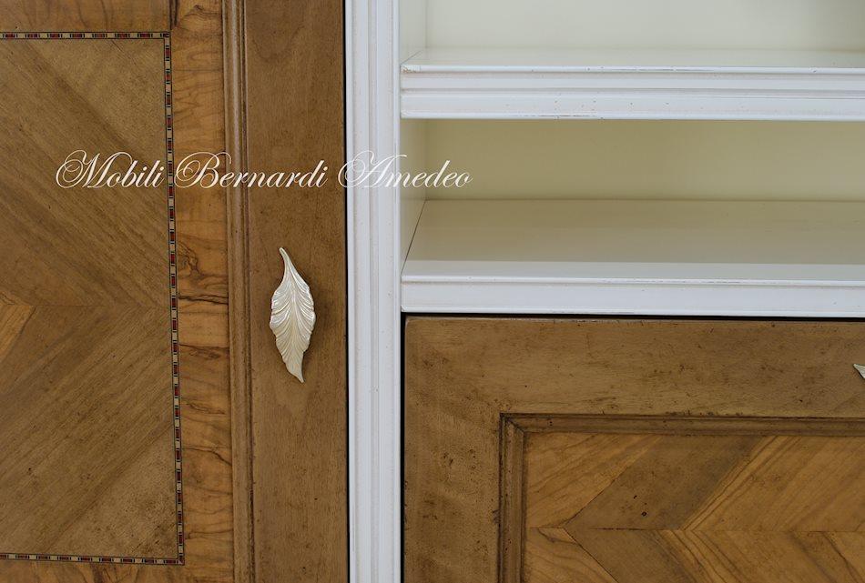 parete attrezzata provenzale bicolore : Written on 06 Giugno 2014 . Posted in Ultimi mobili aggiunti