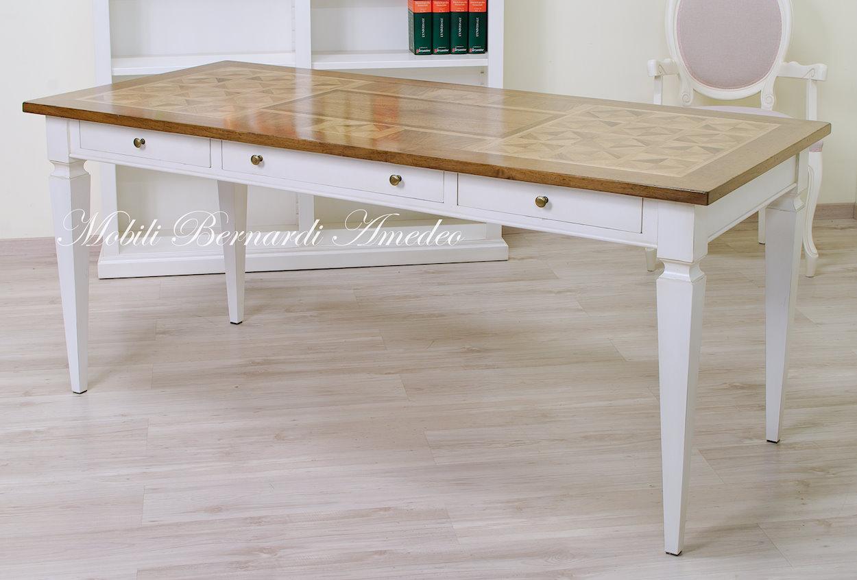 Tavoli scrittoi in legno massello tavoli for Tavolo legno grezzo bianco