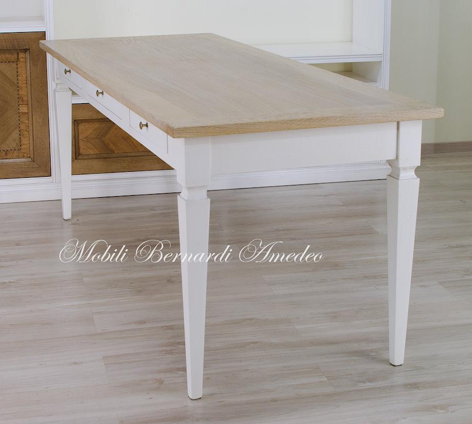 Tavoli scrittoi in legno massello tavoli for Tavolo rovere sbiancato