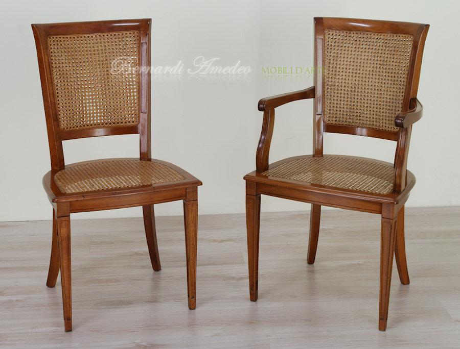 Sedie e poltroncine in noce sedie poltroncine divanetti for Poltroncina cucina