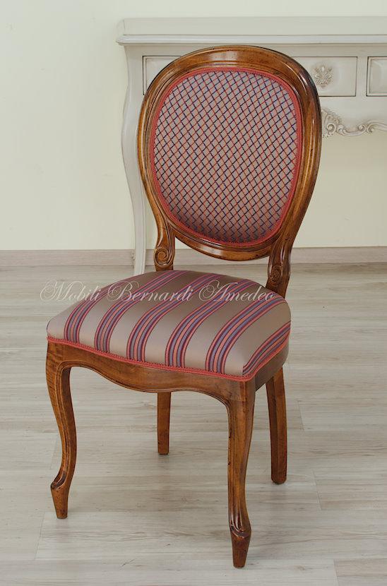 Sedie e poltroncine 13 sedie poltroncine divanetti for Rivestimento sedie