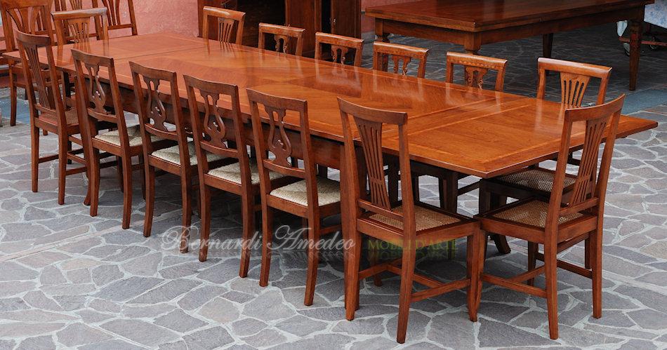 Tavoli allungabili in noce 12 tavoli - Tavolo 14 posti ...
