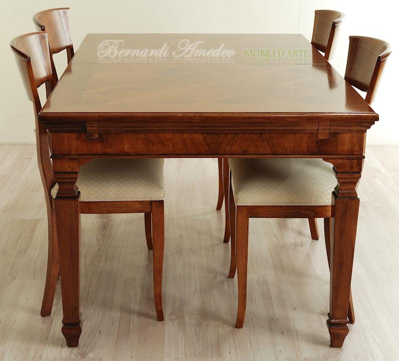 Tavolo classico allungabile 14 tavoli for Tavoli in legno allungabili