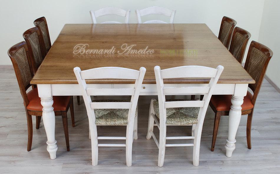 Tavolo da cucina in rovere massello e abete tavoli - Tavolo da pranzo quadrato ...