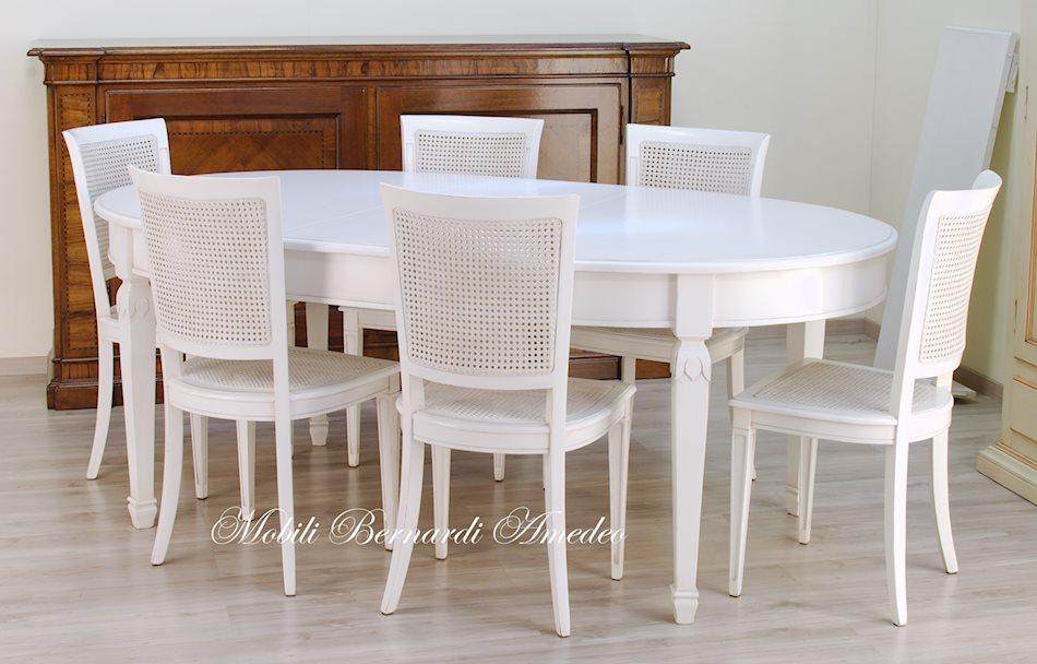 Tavolo ovale bianco allungabile tavolo ovale e credenza finitura bianco anticato ultimi tavoli - Tavoli ovali ikea ...