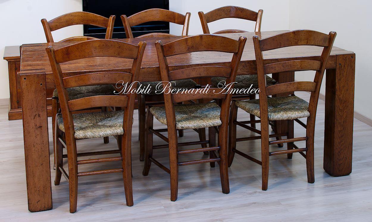 Tavolo moderno in legno massiccio tavoli for Tavolo sedie