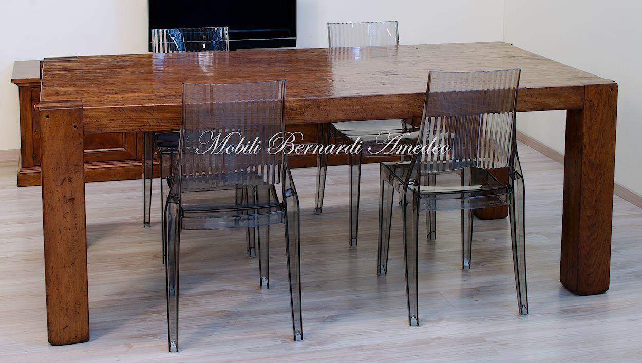 Tavolo moderno in legno massiccio tavoli - Tavoli in legno moderni ...