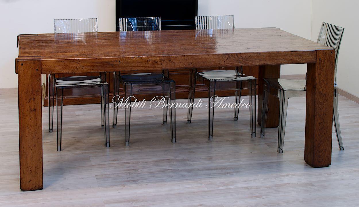 Tavolo moderno in legno massiccio tavoli - Tavolo e sedie moderne ...