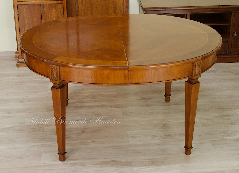Tavoli ovali e rotondi allungabili 2 tavoli - Tavolo ovale allungabile ...