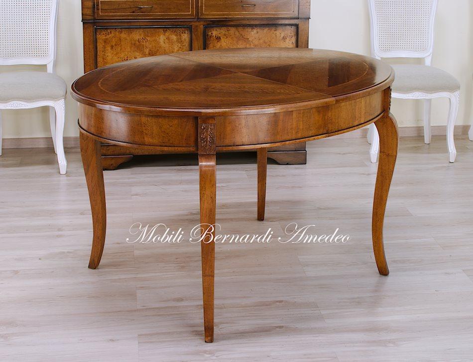 Tavoli ovali e rotondi allungabili tavoli for Tavolo classico