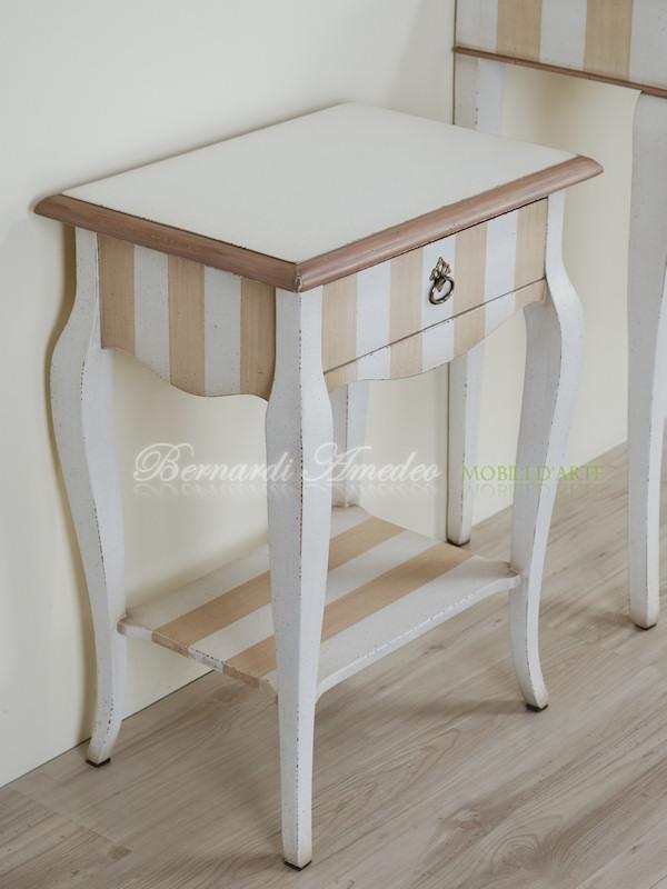 Mobiletti e comodini tavolini - Tavolino comodino ...
