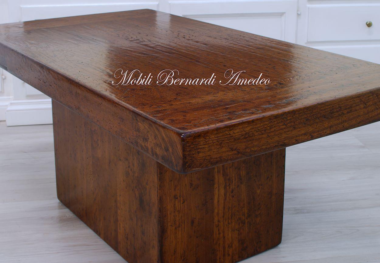 Tavolini da salotto in legno massello idee per il design for Design della casa a 2 piani