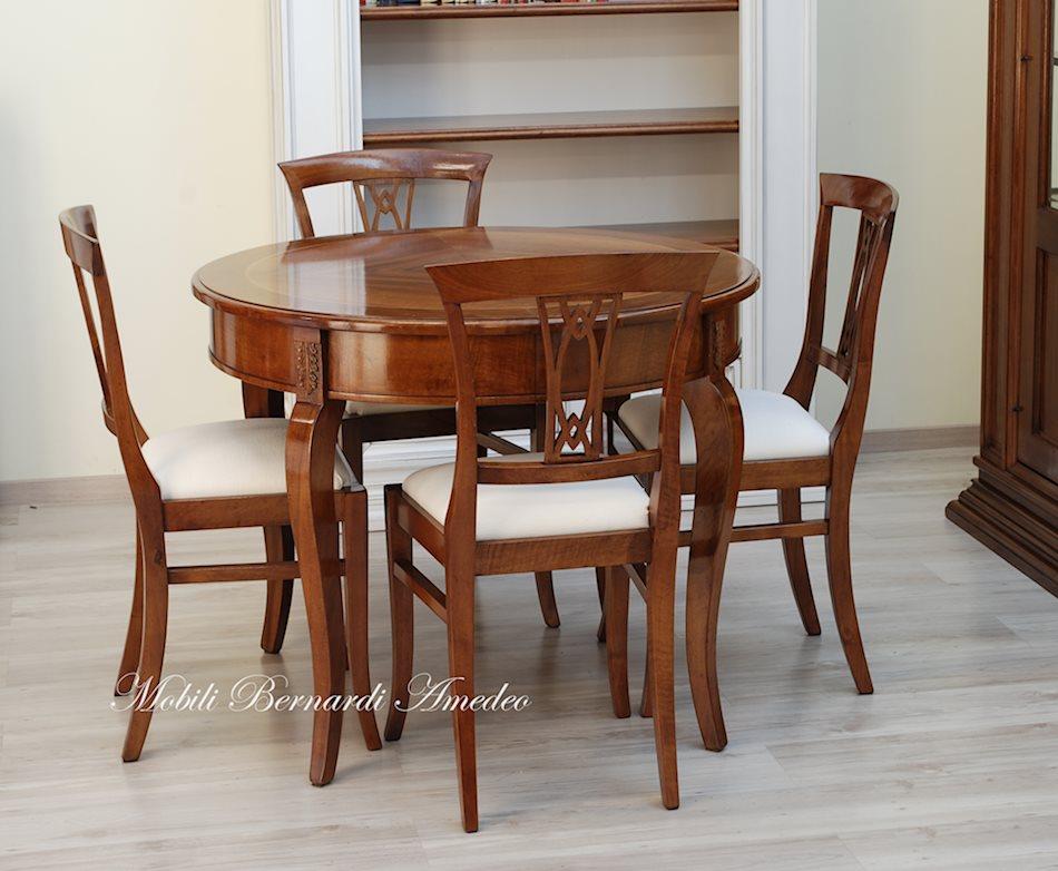 Tavoli ovali e rotondi allungabili 2 tavoli - Dwg tavolo con sedie ...
