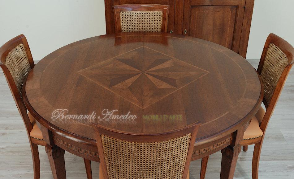 Tavoli ovali e rotondi allungabili tavoli for Tavolo rotondo allungabile legno