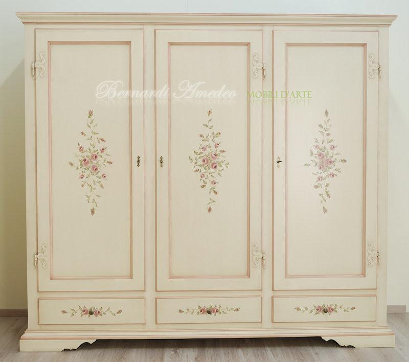 Armadio laccato con ante e cassetti decorati ultimi mobili aggiunti - Dipinti camera da letto ...