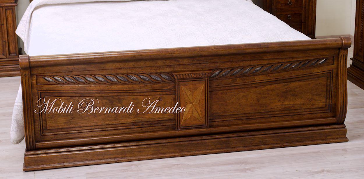 Camera da letto in stile scontata mobili in svendita - Camera da letto legno massello ...