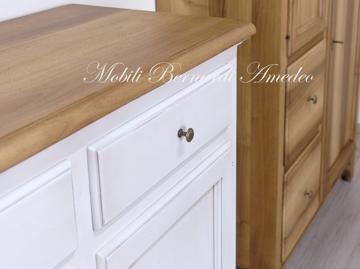 Credenza Da Cucina Legno Noce : Credenze in legno laccate