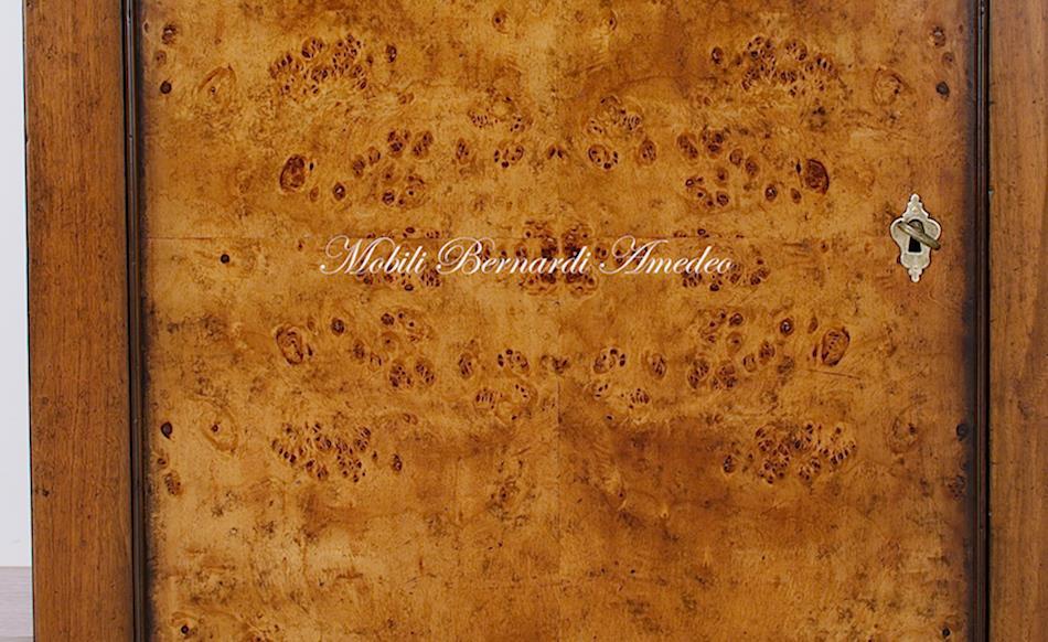 Credenze in legno vecchio II | Credenze