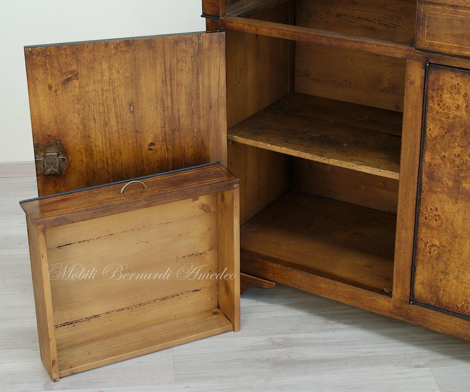 Credenze in legno vecchio ii credenze - Mobili in pioppo ...