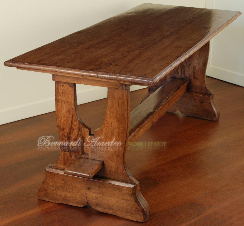 Tavoli antichi 2 mobili vecchi - Tavolo in noce nazionale ...