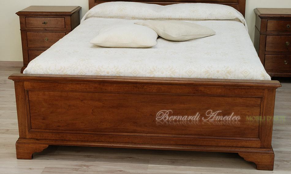 Letti in noce letti - Gambe del letto ...