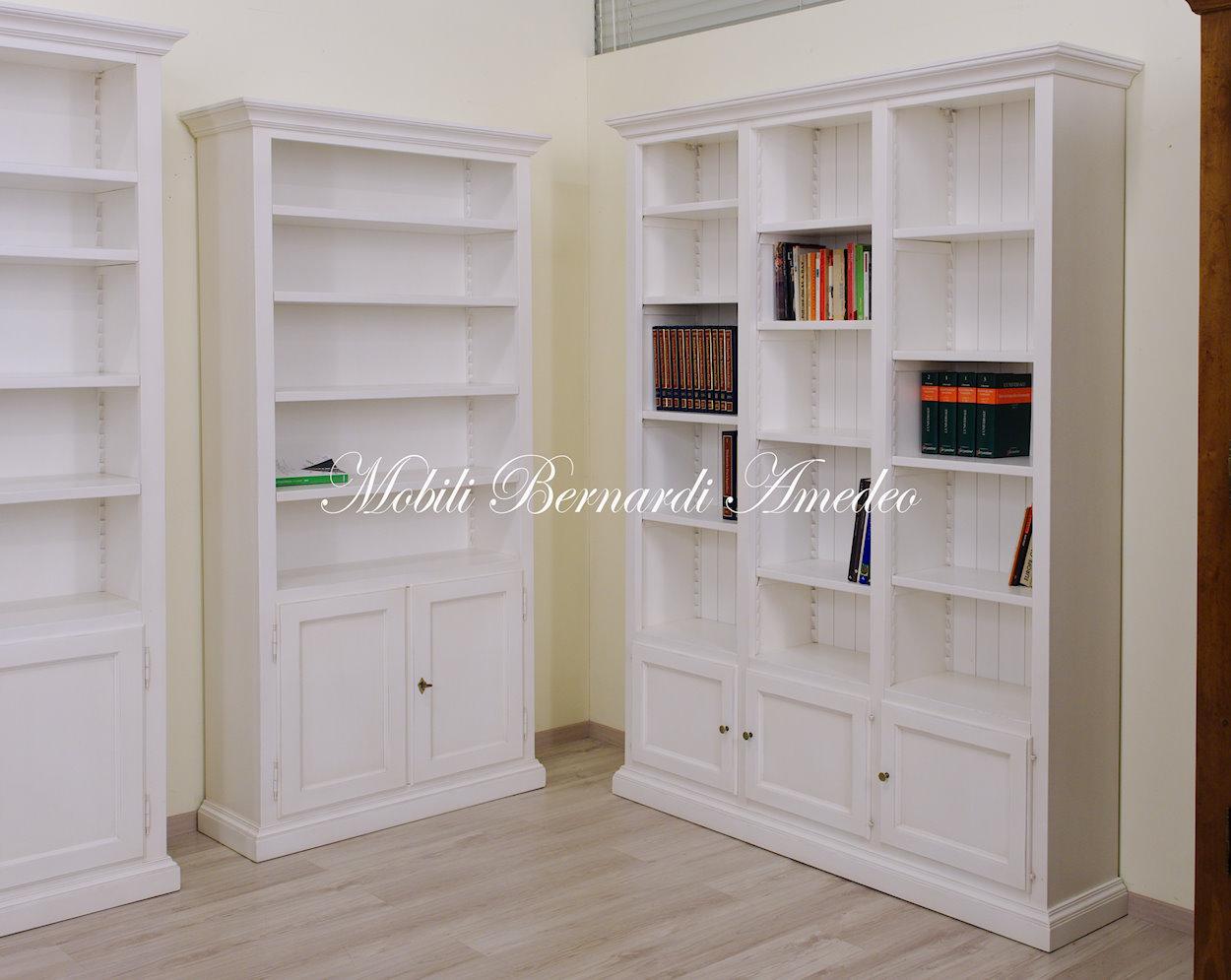 Libreria bianca in legno librerie - Mobili legno bianco anticato ...