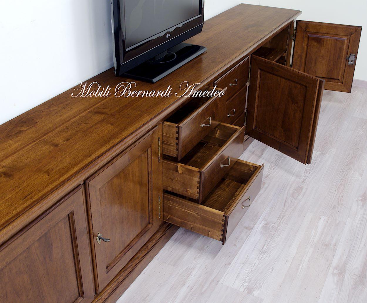 Stunning mobili soggiorno in legno massello gallery idee for Mobili soggiorno legno