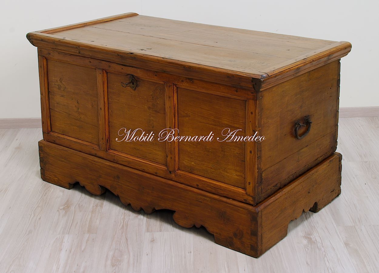 Cassapanche vecchie mobili vecchi - Mobili vecchi gratis ...