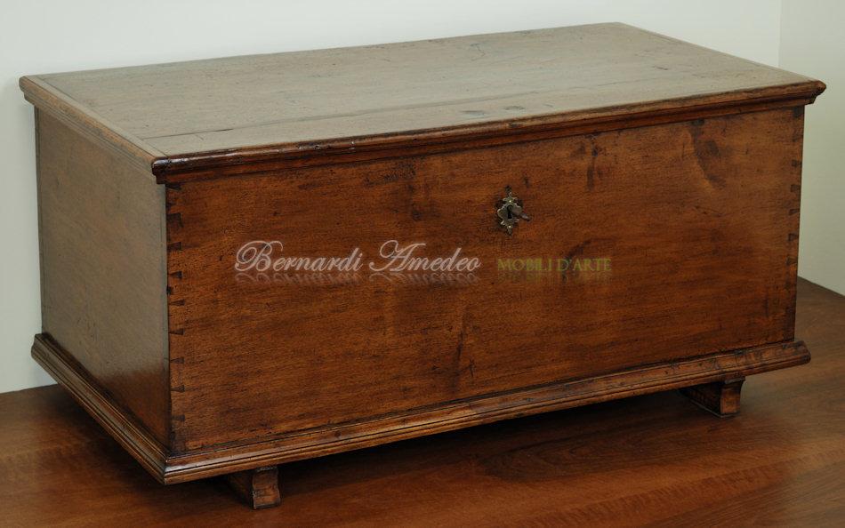cassapanche vecchie mobili vecchi