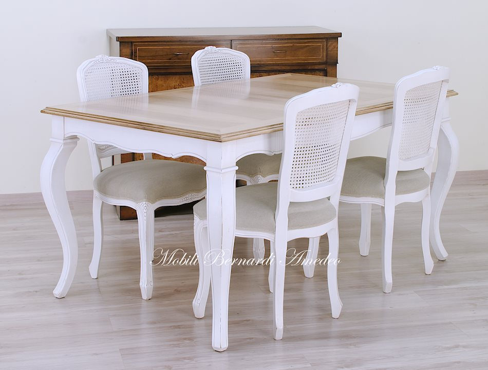 Tavolo Allungabile Legno Chiaro.Tavoli Allungabili In Stile 16 Tavoli
