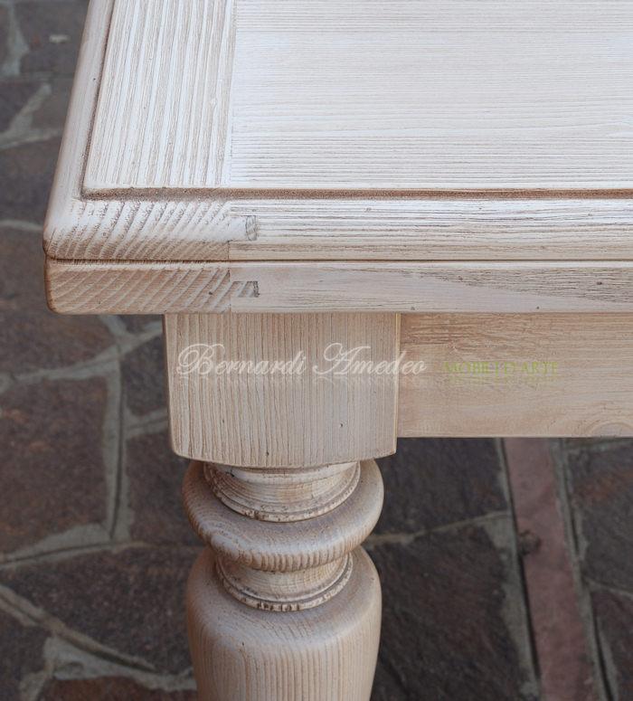 Tavoli allungabili in abete massello tavoli - Mobili in legno sbiancato ...