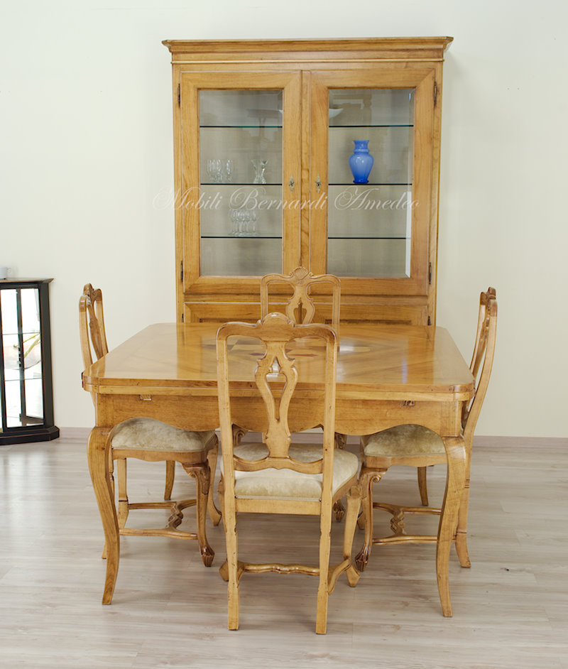 Tavolo allungabile in ciliegio intarsiato  Ultimi mobili ...