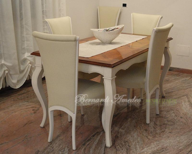 Tavoli allungabili in noce 9 tavoli - Tavolo con sedie diverse ...