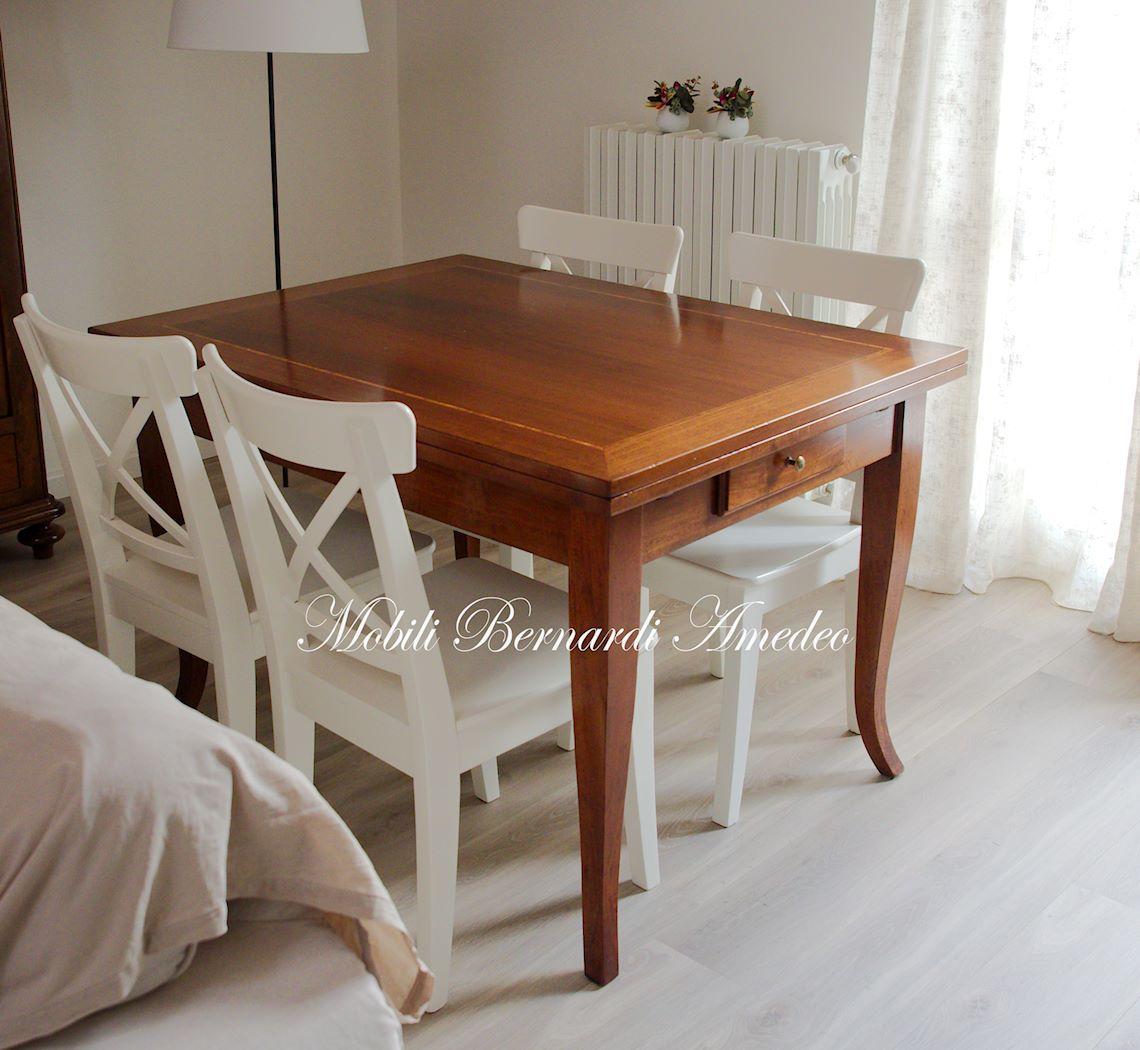 Tavoli allungabili piccoli in stile tavoli for Sedie bianche