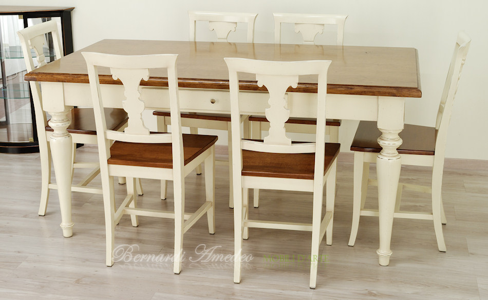 Tavoli country da cucina in legno massello | Tavoli