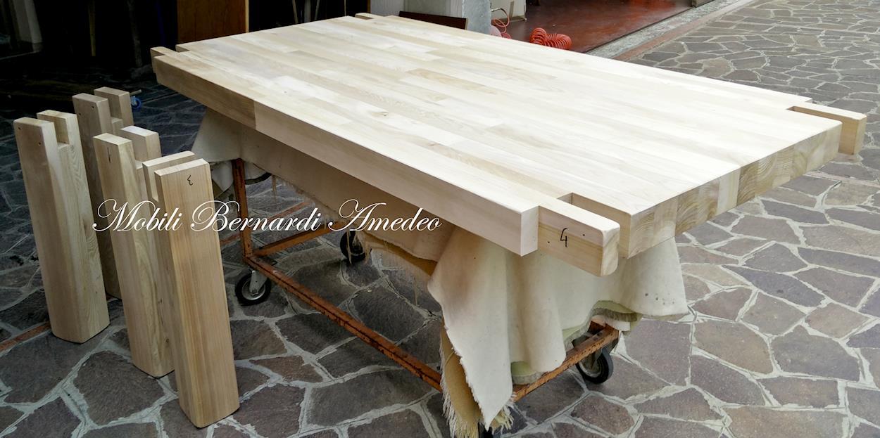 Tavoli da esterno in legno massiccio mobilia la tua casa - Mobili in abete massiccio ...