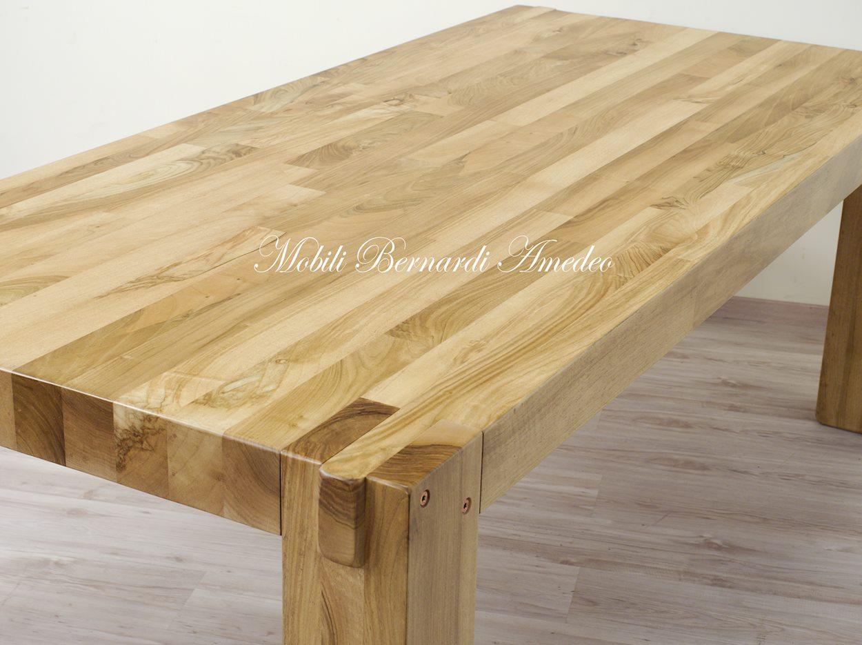 Tavolo moderno in noce massello | Tavoli