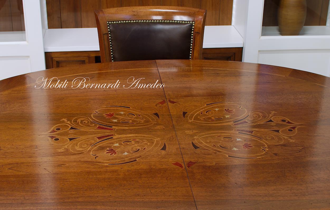 Tavoli ovali e rotondi 8 tavoli for Tavolo ovale allungabile legno massello