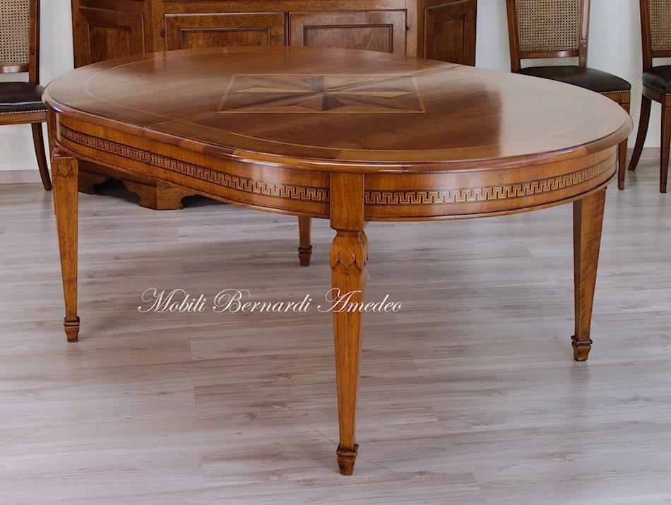 Tavoli allungabili ovali e rotondi 7 tavoli for Tavoli ovali allungabili in vetro