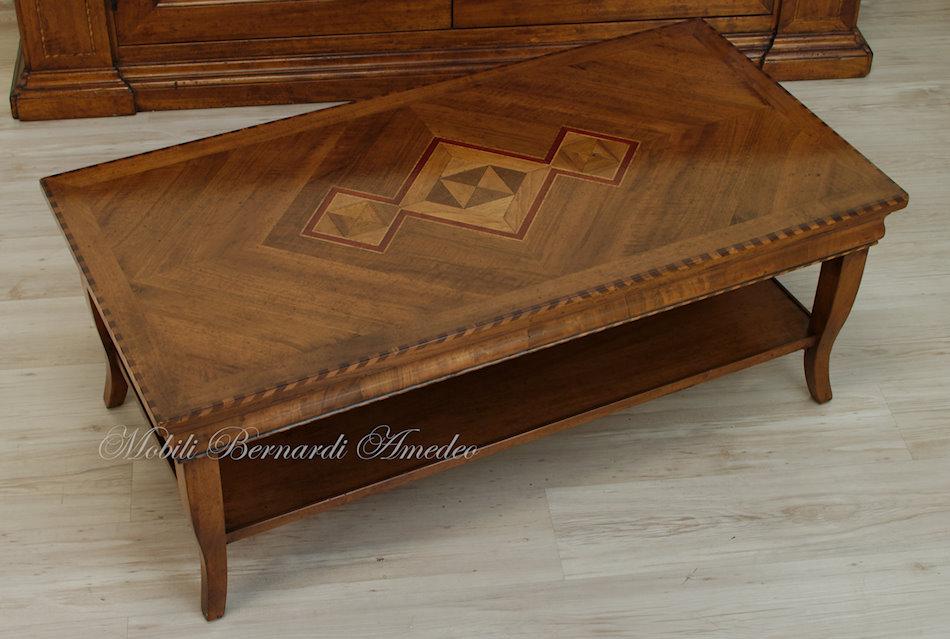 Tavolino Basso Antico Da Salotto.Tavolini Da Salotto Classici Le Fablier