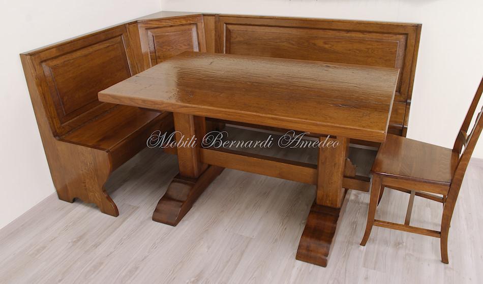 Tavoli fratino 2 tavoli for Panca angolare con tavolo