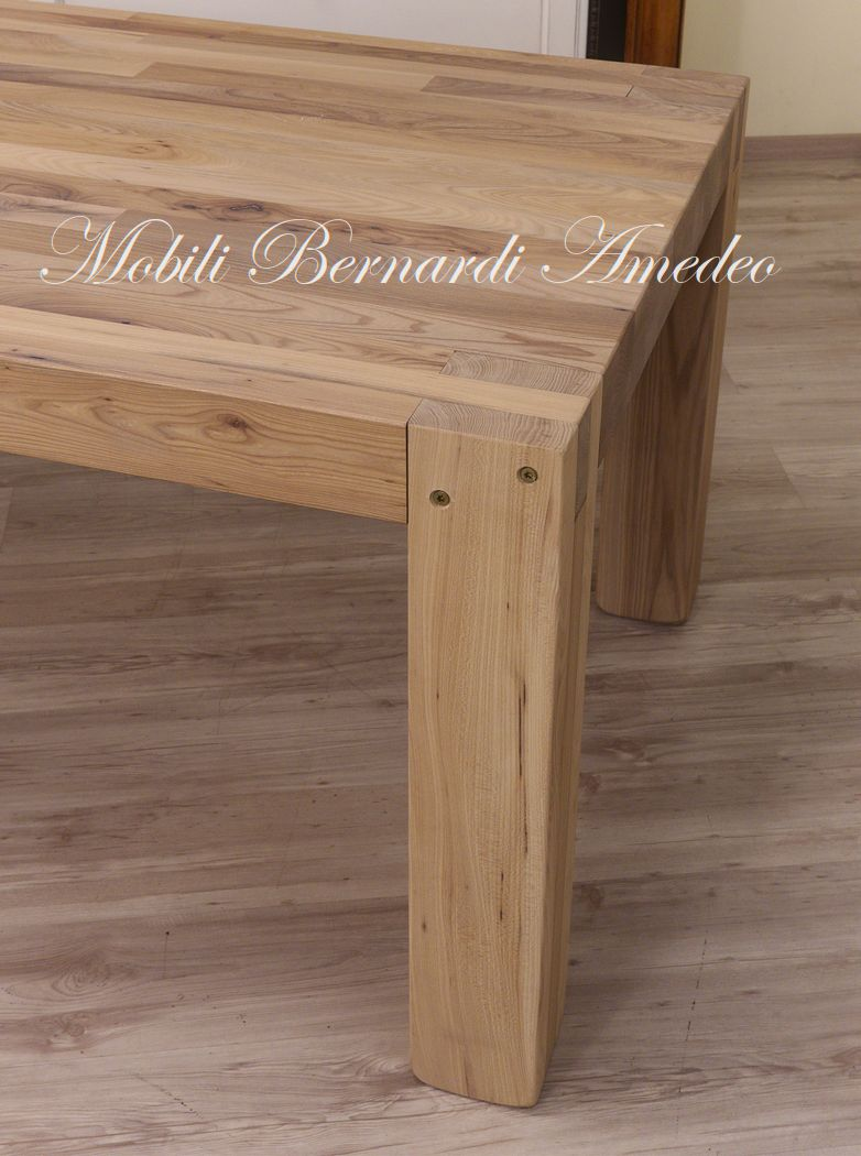 Tavolo moderno in legno massiccio tavoli - Tavolo legno massello ...